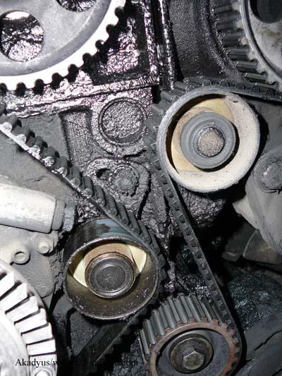distribution sur turbo diesel...galet enrouleur ?? FINI !! P1000211