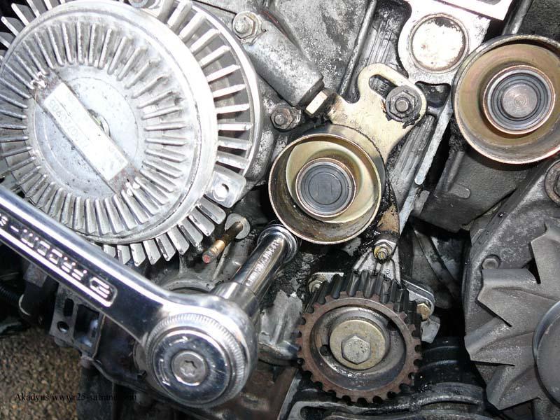 distribution sur turbo diesel...galet enrouleur ?? FINI !! P1000214
