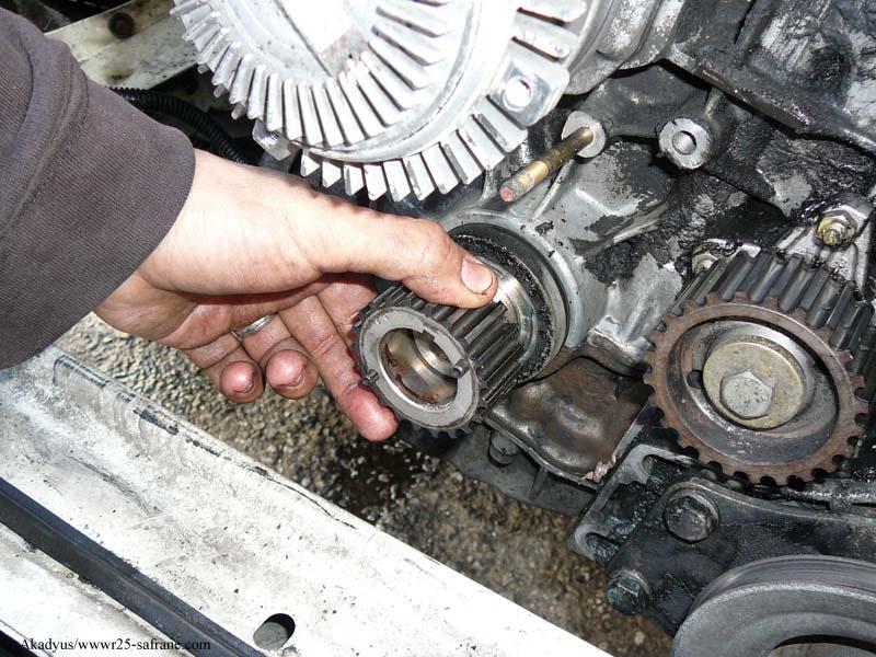 distribution sur turbo diesel...galet enrouleur ?? FINI !! P1000217
