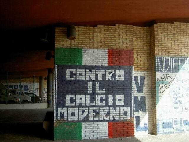 Graffiti et tags ultras Post1311