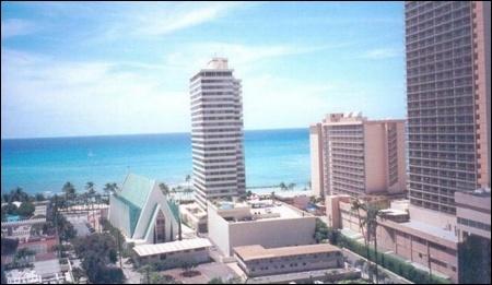 Oceanside real estate agency Aparts11