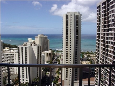 Oceanside real estate agency Aparts12