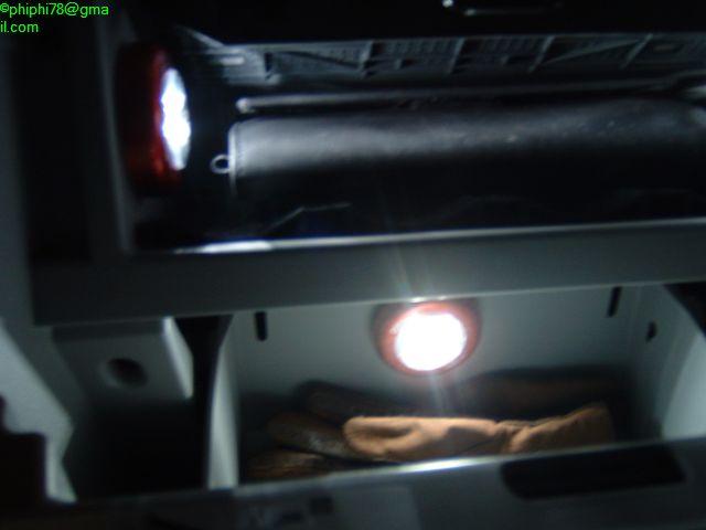 éclairage boite à gant Calibl24