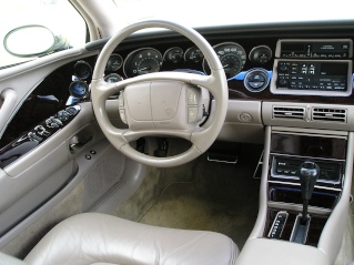 Post pics of your wood dash kit here. P2020013