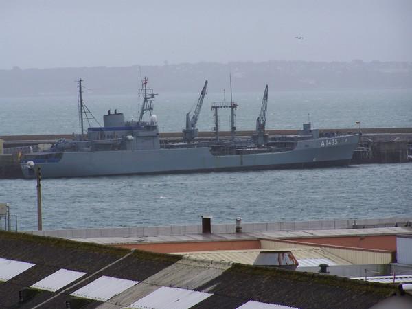[Activité des ports, pêche plaisance] BREST 2007 38_pet10