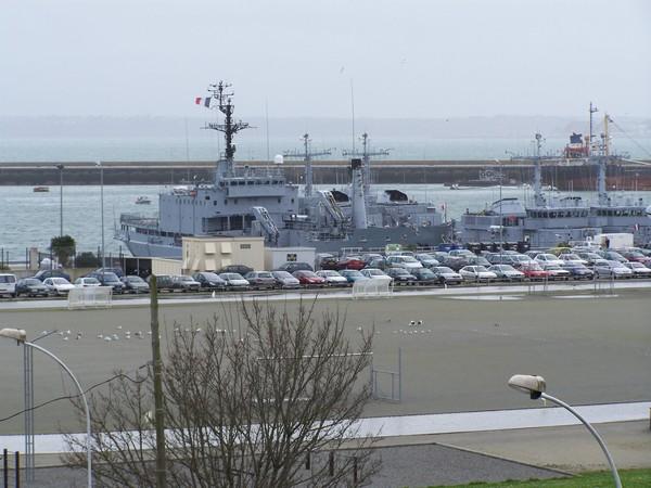 [Activité des ports, pêche plaisance] BREST 2007 39_le_10