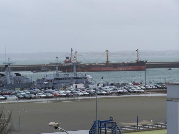 [Activité des ports, pêche plaisance] BREST 2007 40_le_10