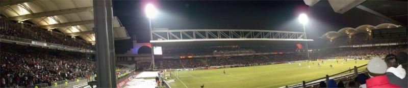 Vue des tribunes Stade_14