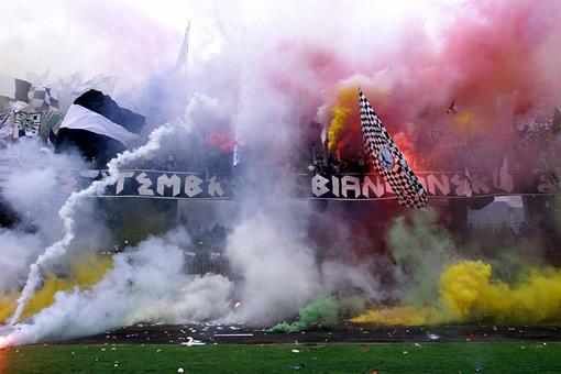 Photos Pyrotechnie (Torches, Pots à Fumée...) Ascoli10