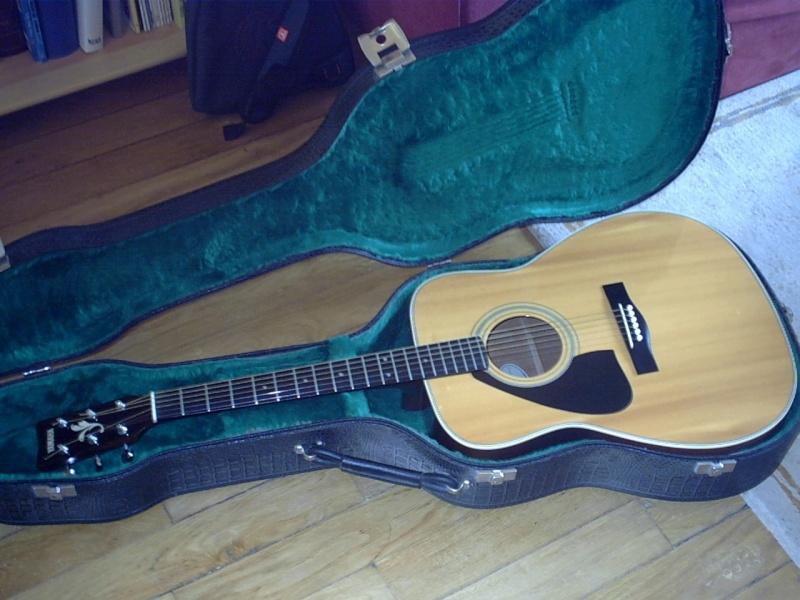 pour ceux qui ont la guitare qui les démange... - Page 6 Caisse10