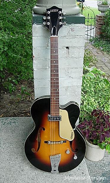 pour ceux qui ont la guitare qui les démange... - Page 3 Clippe19
