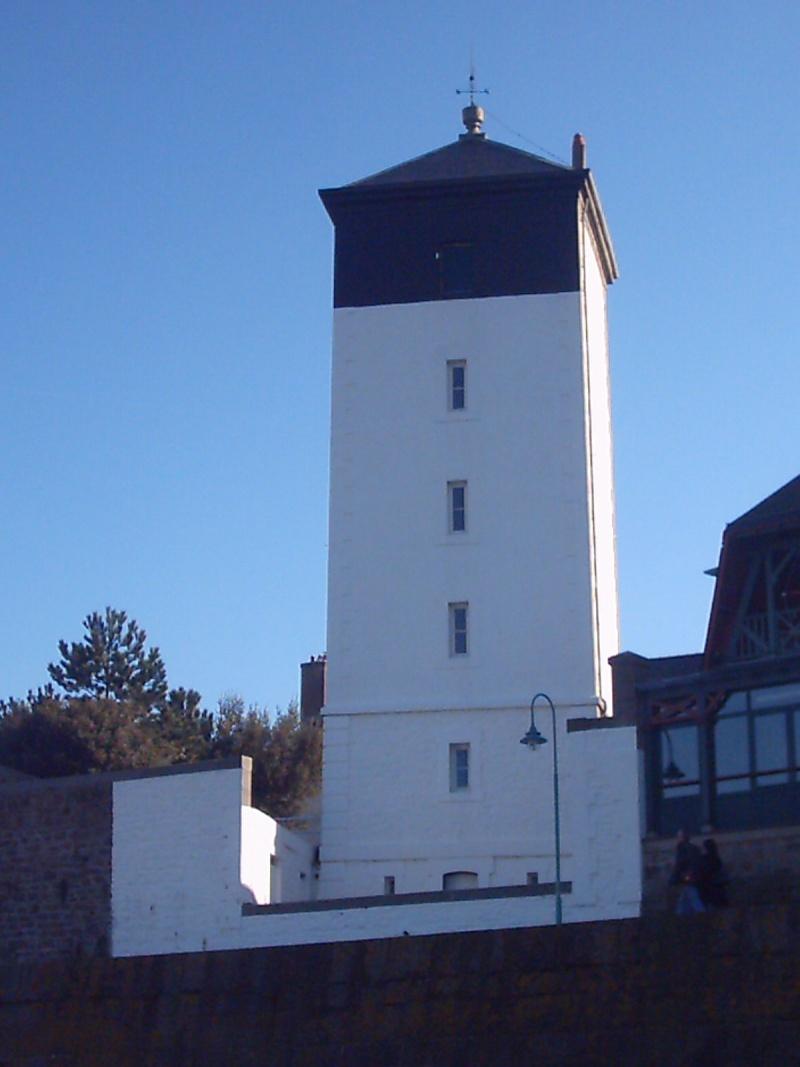 Phare des Bas-Sablons - Saint Malo Short_10