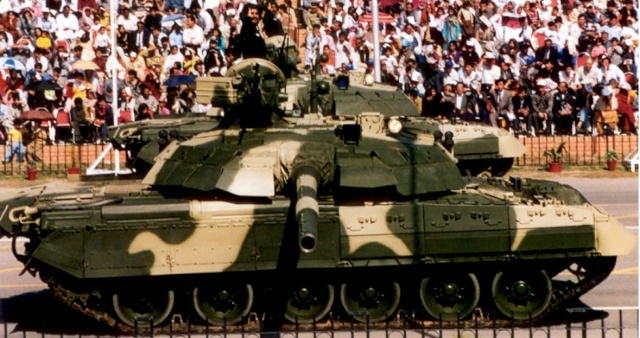 Armée de Terre Pakistanaise T-80_210