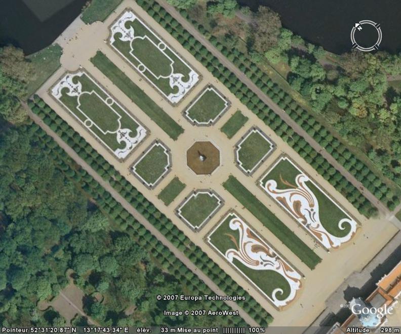 Une belle symétrie, Château de Chalottenburg, Berlin - Allemagne Parc10