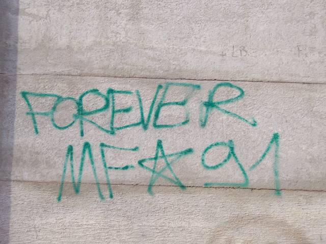 Graffiti et tags ultras - Page 3 30503810