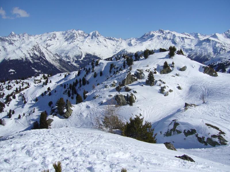 montagne, soleil, ski et transpiration P1000312