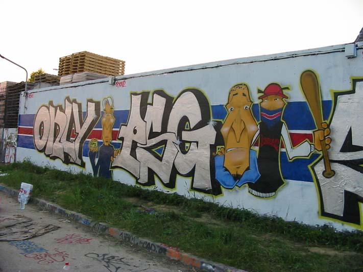 Graffiti et tags ultras - Page 3 Ztagps10
