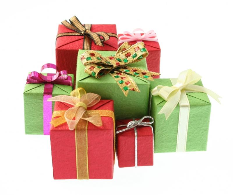 http://i11.servimg.com/u/f11/11/06/17/80/cadeau10.jpg