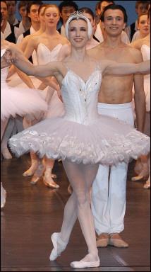 Danseuses saluant Guille10
