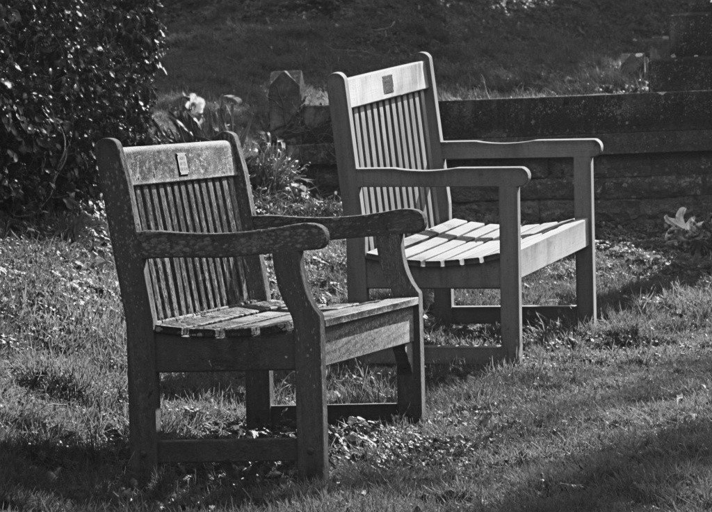 Mr & Mrs Church Bench Img_4511
