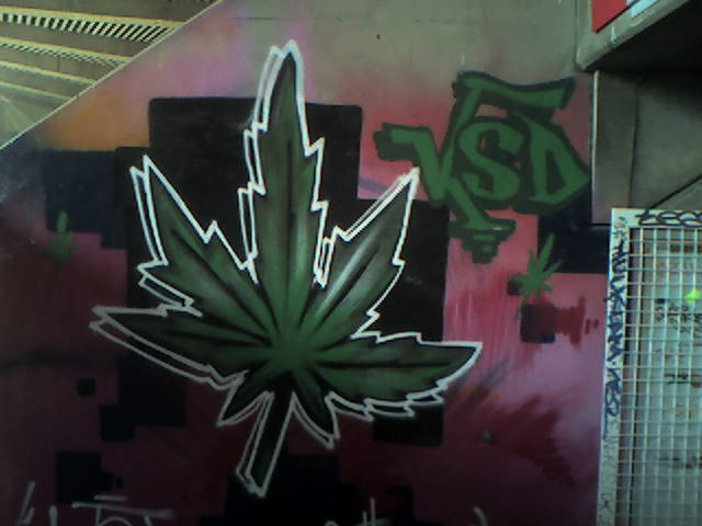 Graffiti et tags ultras - Page 4 Graff_10