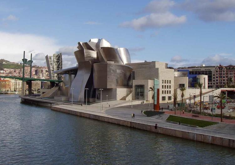 - Musée Guggenheim à Bilbao, Espagne Guggen10