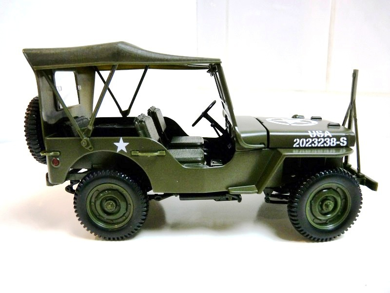 jeep_w12.jpg