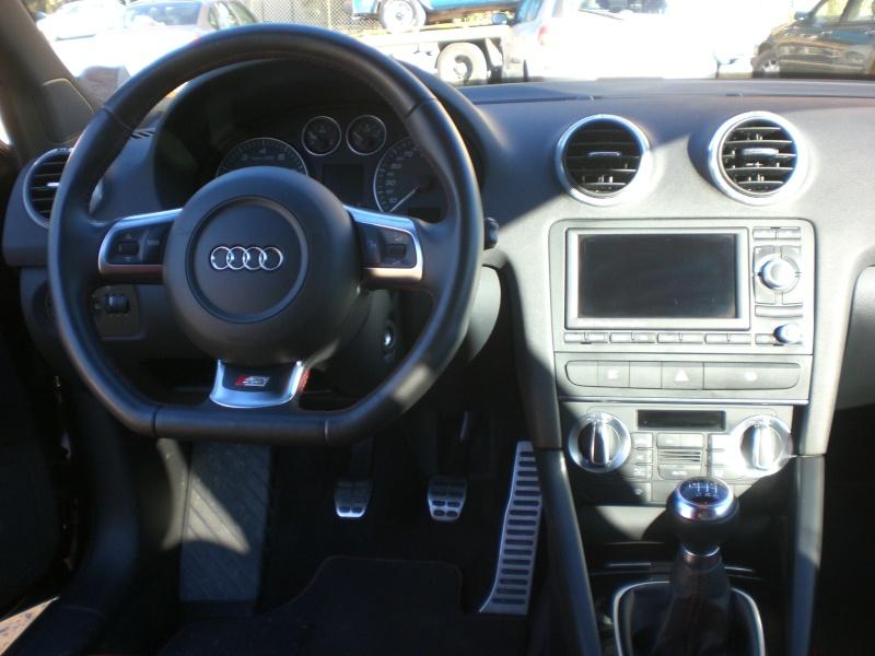 Audi la marque aux anneaux du groupe volkswagen a g for Audi a4 onderdelen interieur