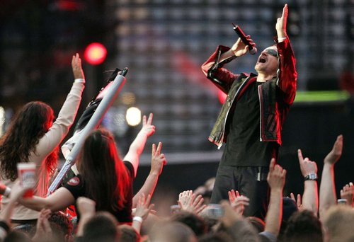"Concert de U2 à l'Allianz Riviera de Nice? Estrosi ""en parle avec Bono"""
