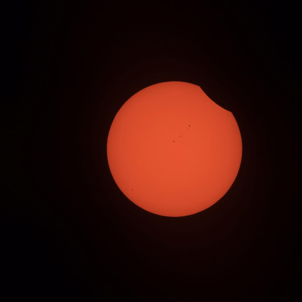 eclips12.jpg