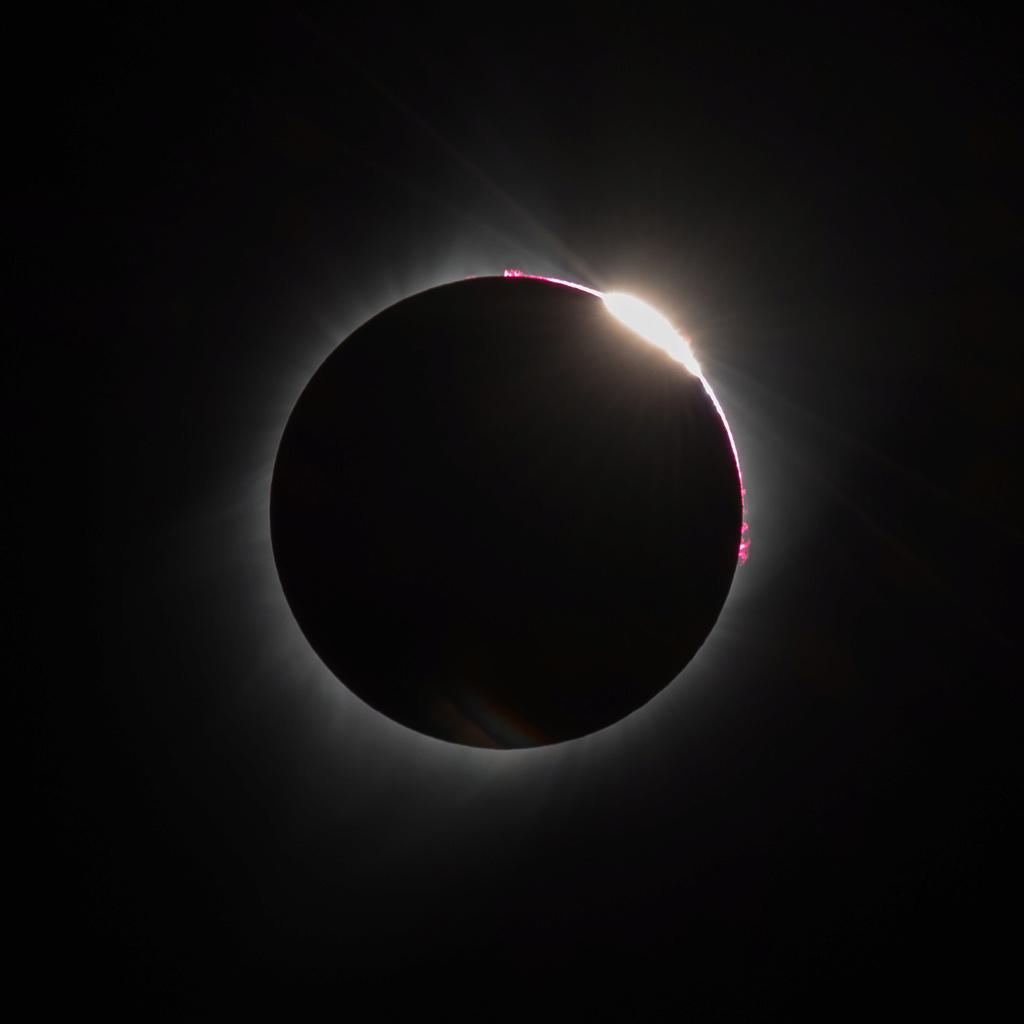 eclips15.jpg
