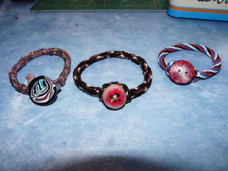Kumihimo - premiers bracelets dans Activités manuelles p1030717