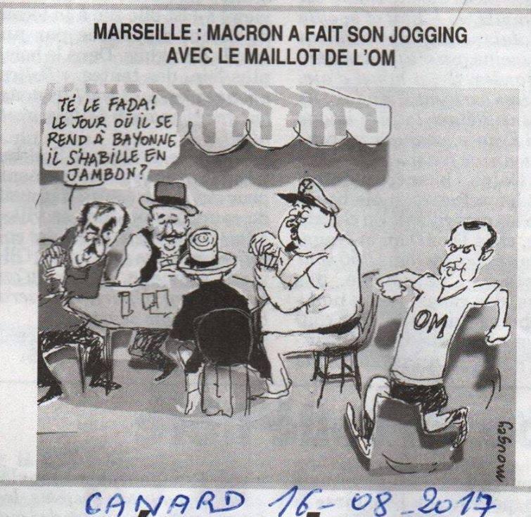 macron10.jpg