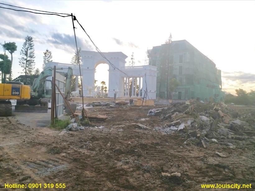 tiến độ thi công trục đường 70 trước dự án Louis City đại mỗ 6