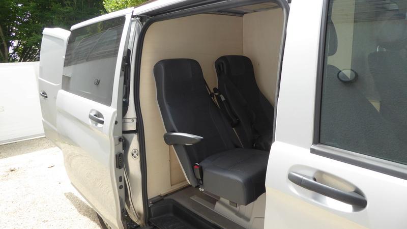 afficher le sujet mercedes vito 4 places am nag windsurf. Black Bedroom Furniture Sets. Home Design Ideas