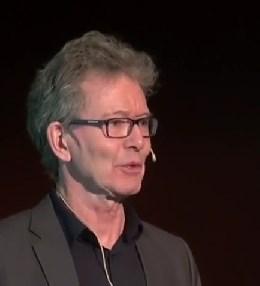 Per Narve Overrein, leader du groupe norvégien de survivants de la psychiatrie Aurora
